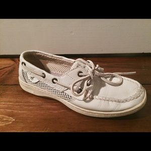SPERRY —SALE ENDS FRI4/20 Moving abroad